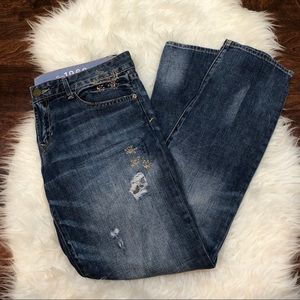 GAP Straight Leg Embroidered Distressed Jeans